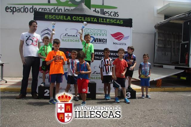 podium yincana ciclista. IMAGEN ILLESCAS COMUNICACIÓN