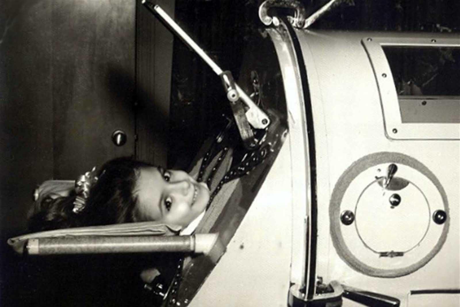 Martha Ann Lillard tenía solo 5 años en 1953 cuando se vio paralizada por la polio y tuvo que usar un respirador de hierro para pulmones. Ella pasó seis décadas en el dispositivo de 800 libras.