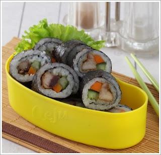 http://resepabu.blogspot.com/2016/09/cara-membuat-sushi-ikan-bumbu-oriental.html
