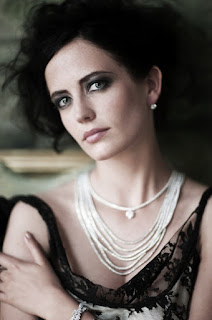 Eva Green And Her White Wreath