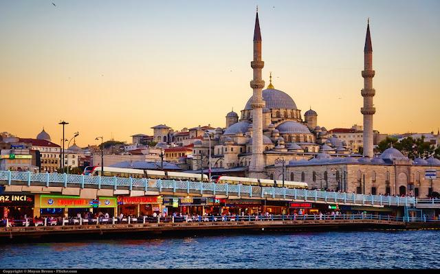 De ce toata lumea cauta vacante Turcia?