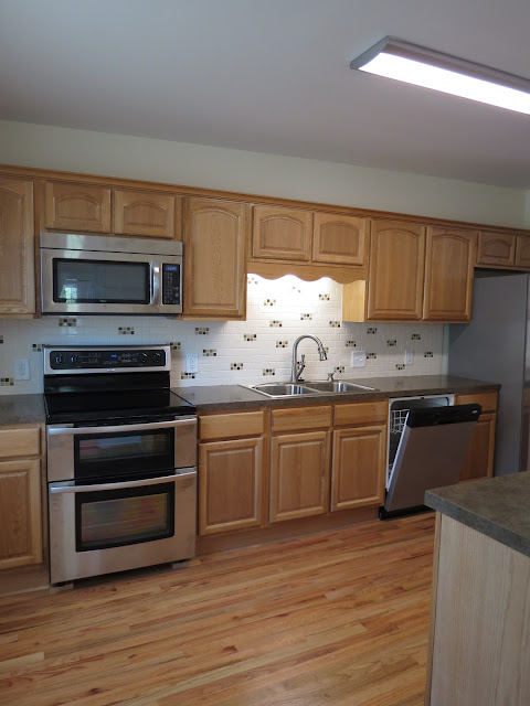 Jll design how to update your kitchen without breaking for Remodel kitchen without replacing cabinets