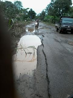 Jalan Provinsi di OKI Rusak Parah