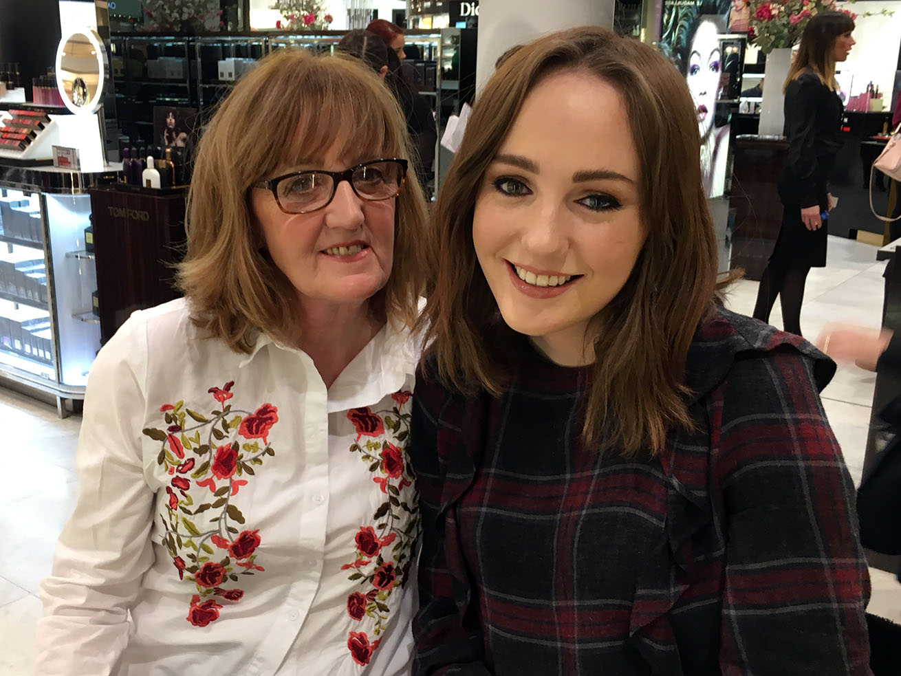 Mother's Day beauty at Selfridges, mother daughter makeup selfie