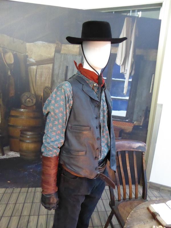 Hateful Eight Western costume