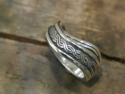 Legio Made - Celtic Knot Ring