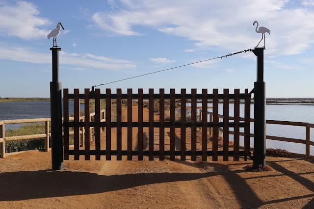 Entrada a la reserva natural de la biosfera Marismas de Odiel