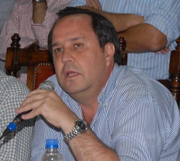"""Fernando Yecora: """"Estamos buscando jugadores con experiencia que conozcan la categoría"""""""