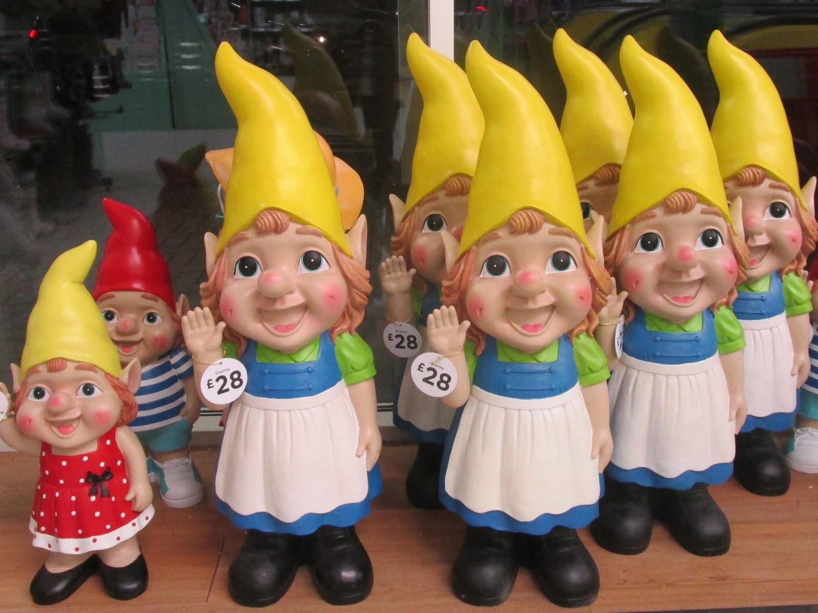 Female Gnome: Jackie'spoetry: Poets Who Write Prose