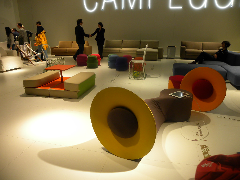 LAUsNOTEbook: Campeggi srl, Milano 2012