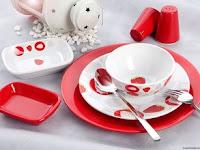 Cari Tahu Perbedaan Keramik dan Porselen Yuk!