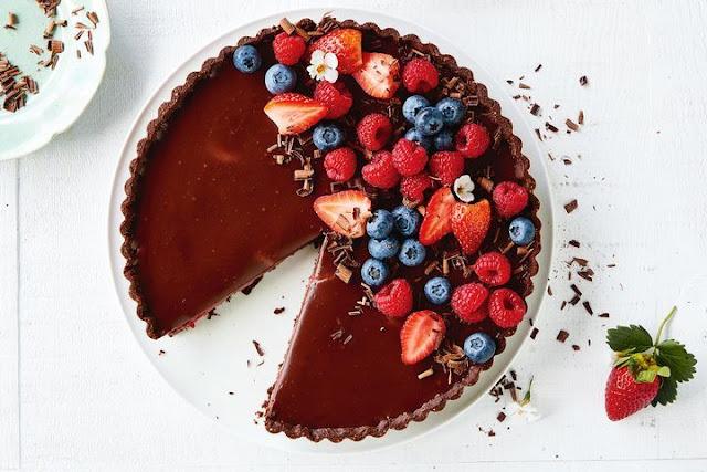 طريقة عمل تارت الشيكولاتة .. تارتابقطع الفواكه الصغيرة للأطفال بطرقة سهلة