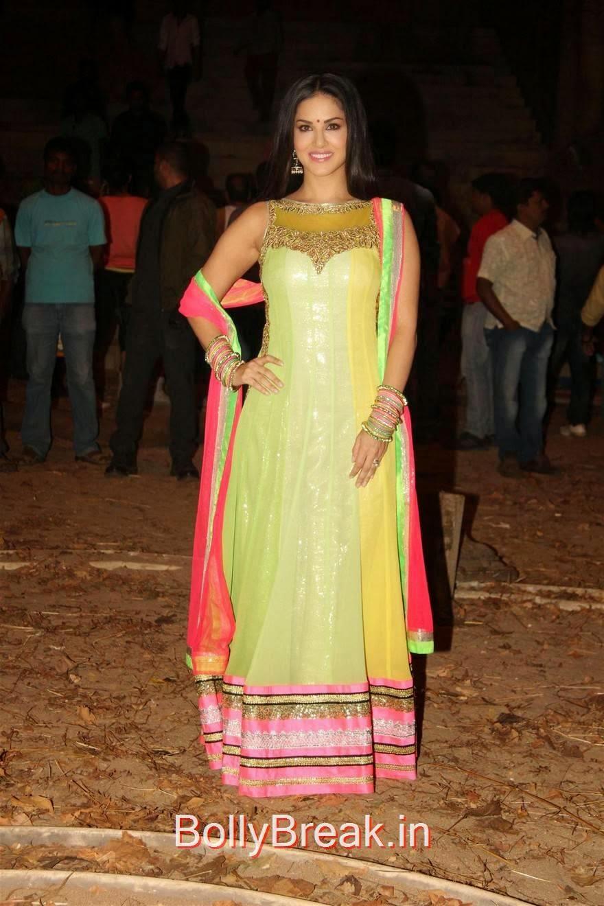 Hot Pics Of Sunny Leone From Leela Movie On Location - 7 Pics-7138