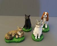 statuine cani e gatti personalizzati per torta nuziale cavalier king charles spaniel orme magiche