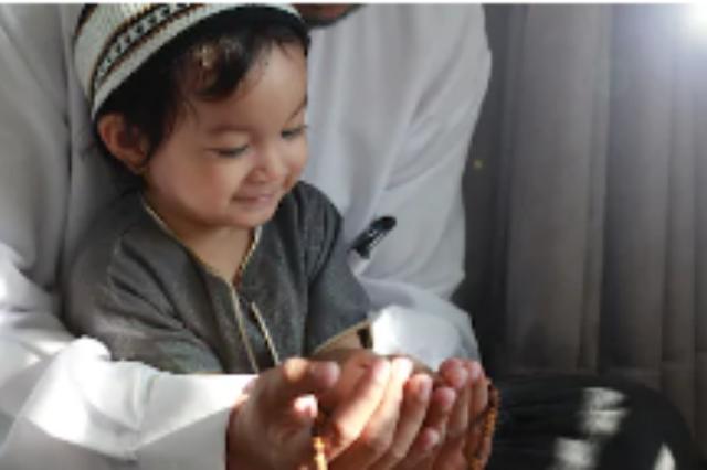10 Tips Mengajar Anak Berpuasa Ramadhan Sejak Dini