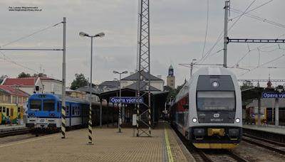 CityElefant i wagon sterowniczy serii Bftn, České dráhy