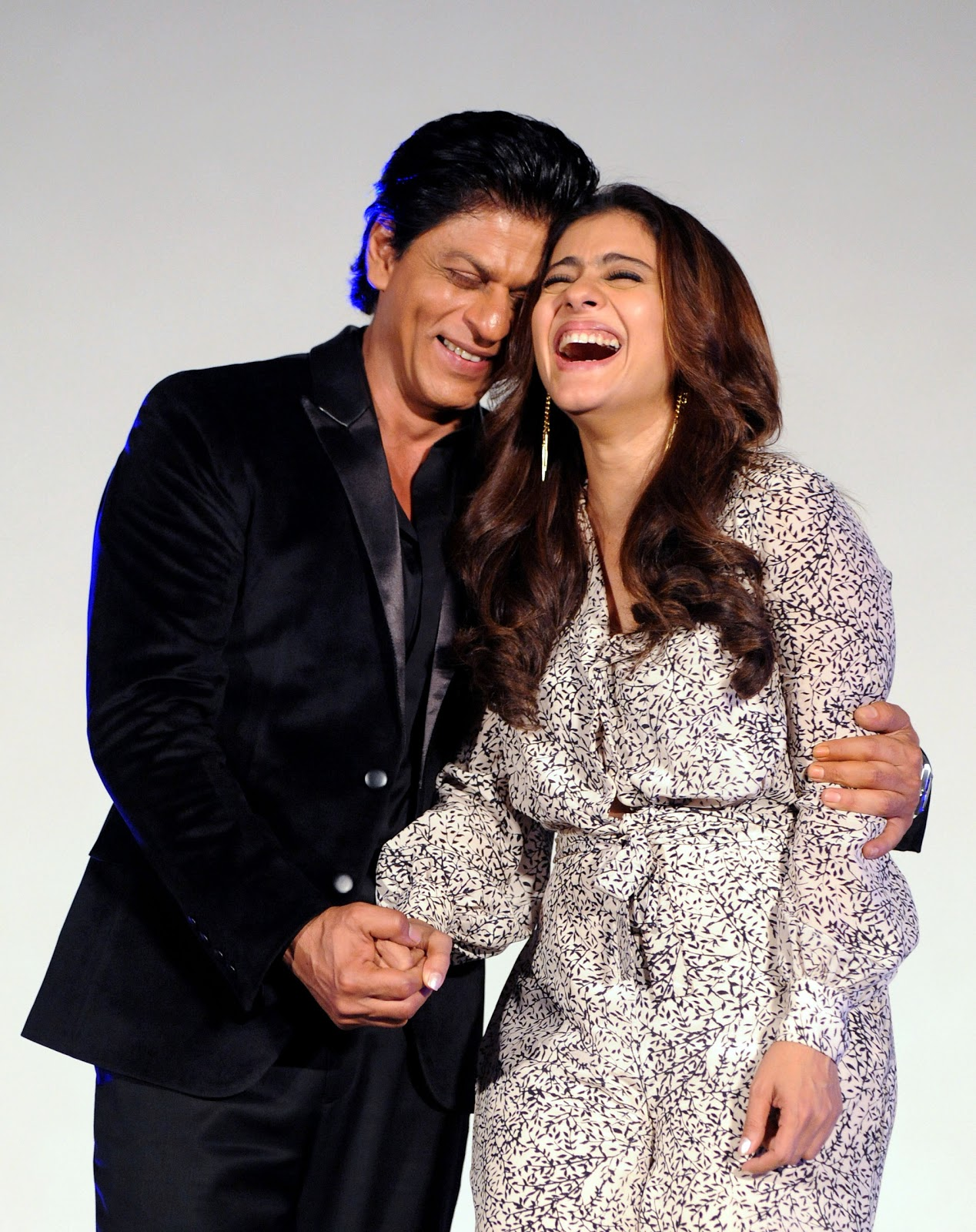 Bollywood's Hottest couple Shah Rukh Khan & Kajol Devgn at 'Dilwale' launching ceremony