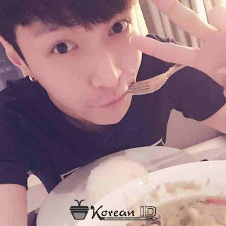 Foto Lay EXO Terbaru