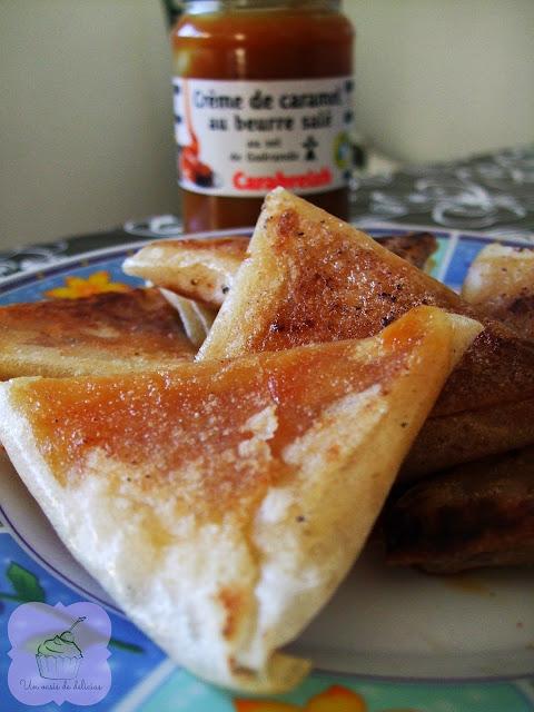 Bricks à la banane, aux amandes et au caramel au beurre salé