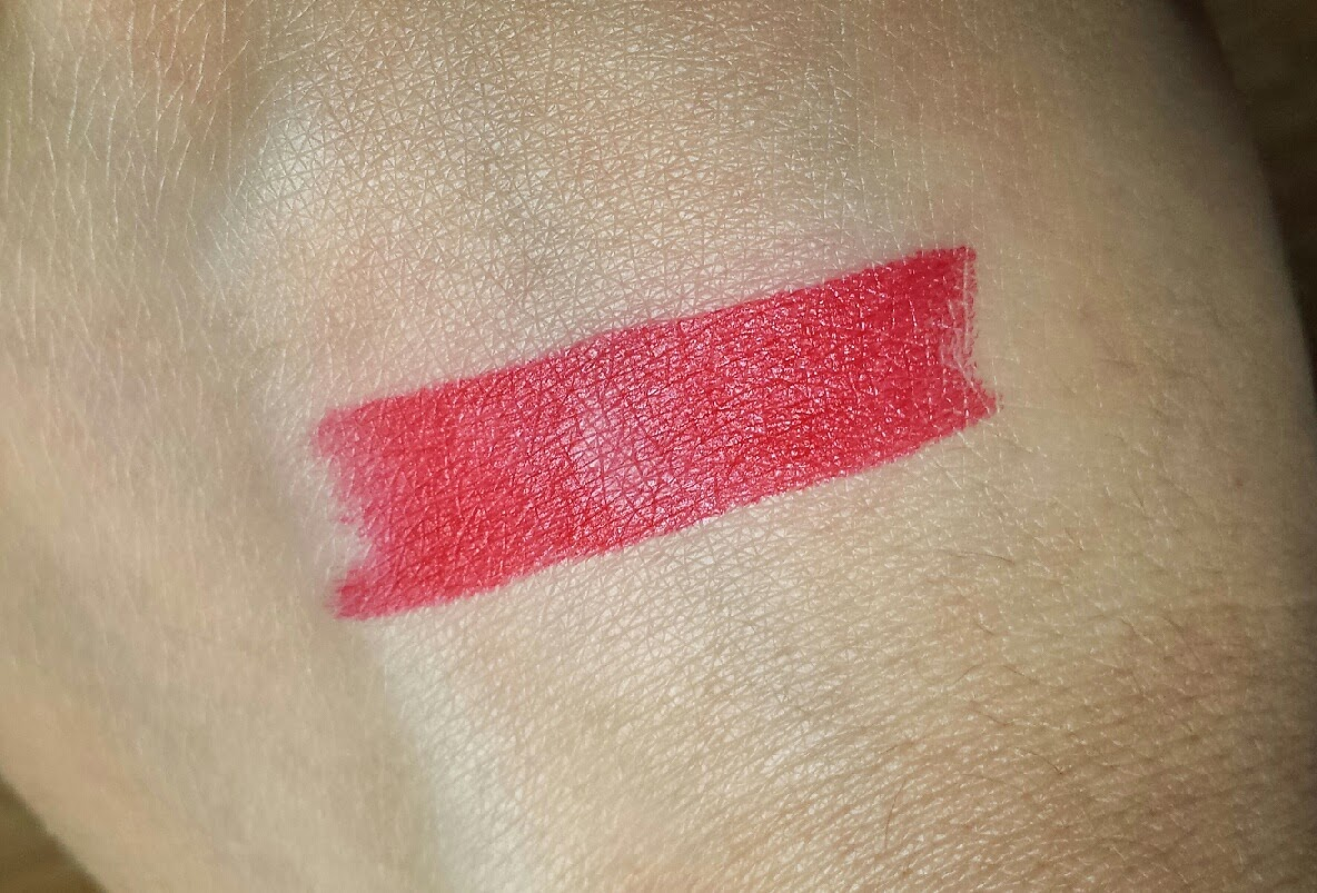 Avon Lipstick - Ultra Colour - Matte Ruby