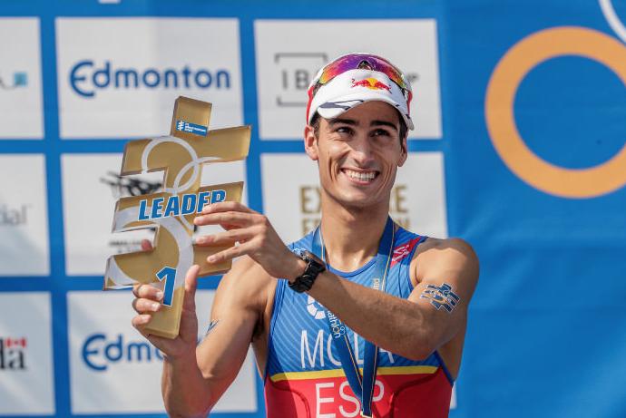 Mario Mola logra la victoria en Edmonton