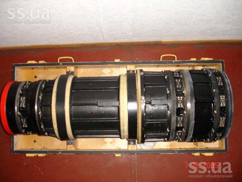 Объектив спутника Янтарь 4K2 в упаковке
