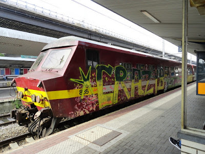 train graffiti video