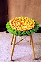 http://crochetesquemas.blogspot.cl/p/cojin-2.html