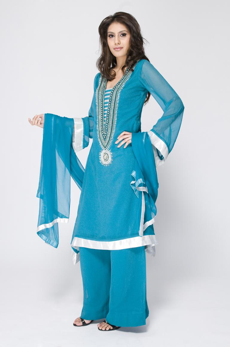 Latest Womens Fashion Clothing Dresses: Fashion World Latest Fashion: Pakistani Ladies Fashion Styles