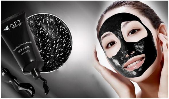 Les masques pour la peau huileuse problématique de la personne