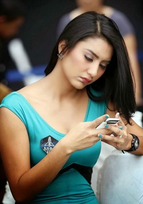 Foto Gambar Mirasih Tyas Endah Biodata
