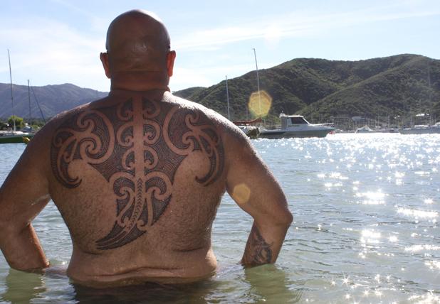 foto de tatuaje poliesio