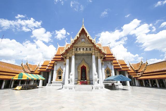 Grande Budda d'oro e Budda felice-Bangkok