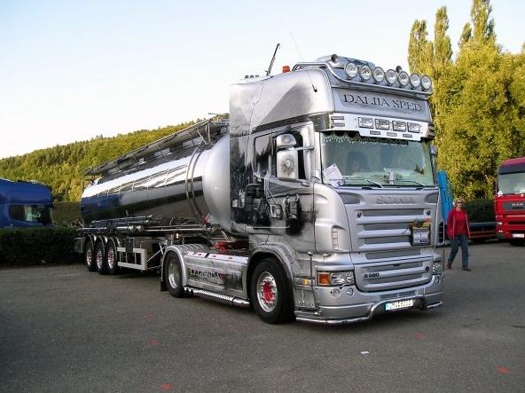 gambar modifikasi truk scania