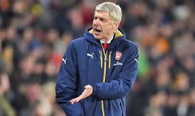 """Bandar Bola - Fans Arsenal Meragukan Wenger"""