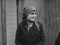 """Кадр из фильма Чарли Чаплина """"Иммигрант"""" (1917) - 3"""