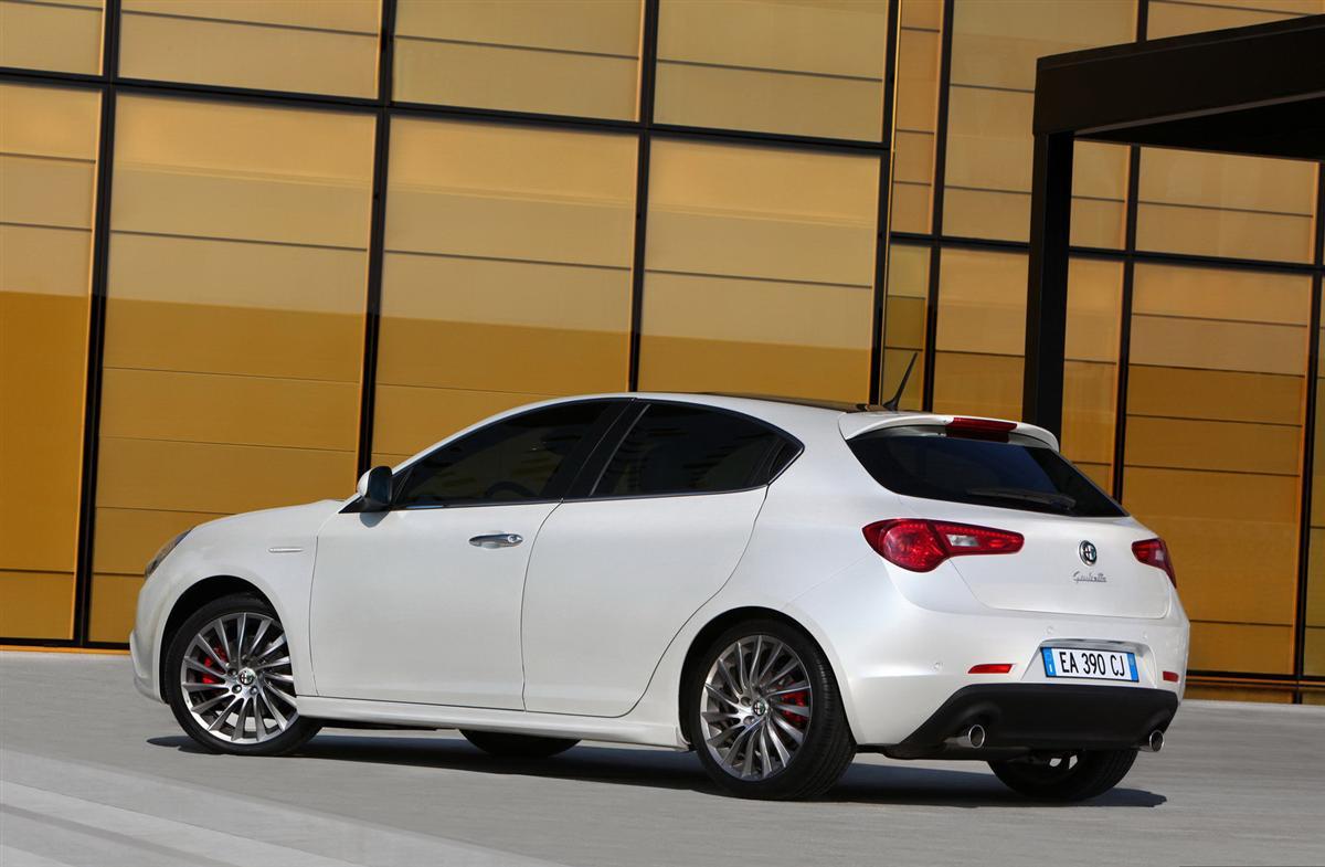 2011 alfa romeo giulietta auto cars concept. Black Bedroom Furniture Sets. Home Design Ideas