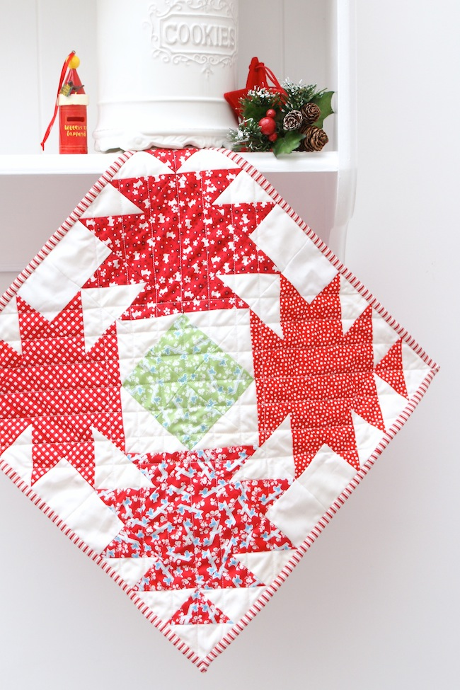 Free Christmas Table Top Patterns Bomquilts Com
