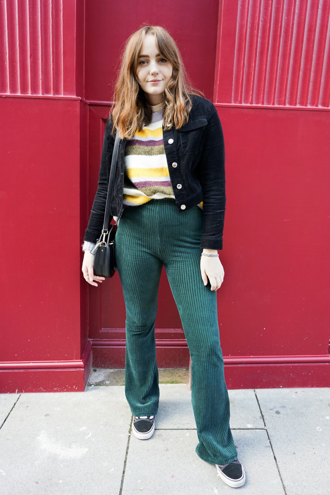 fall 2018 outfit with corduroy, oversized knitwear and vans
