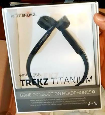 Trekz Titanium Headphones by AfterShokz : review, specs, and unboxing