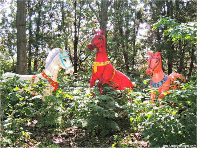 Linternas de Caballos del Gardens of Lighten en el Jardín Chino, Montreal