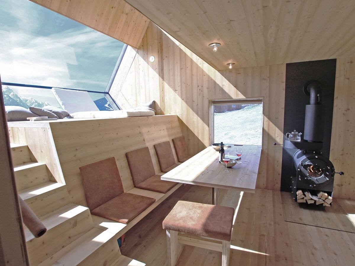 01-Living-Room-Dining-Room-Architecture-with-the-Ufogel-Tiny-House-www-designstack-co