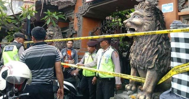 Rumah Wakil Ketua DPRD Bali dari Gerindra digerebek polisi karena menjual dan menyediakan tempat untuk menghisap narkoba jenis sabu. Foto via Bali Express