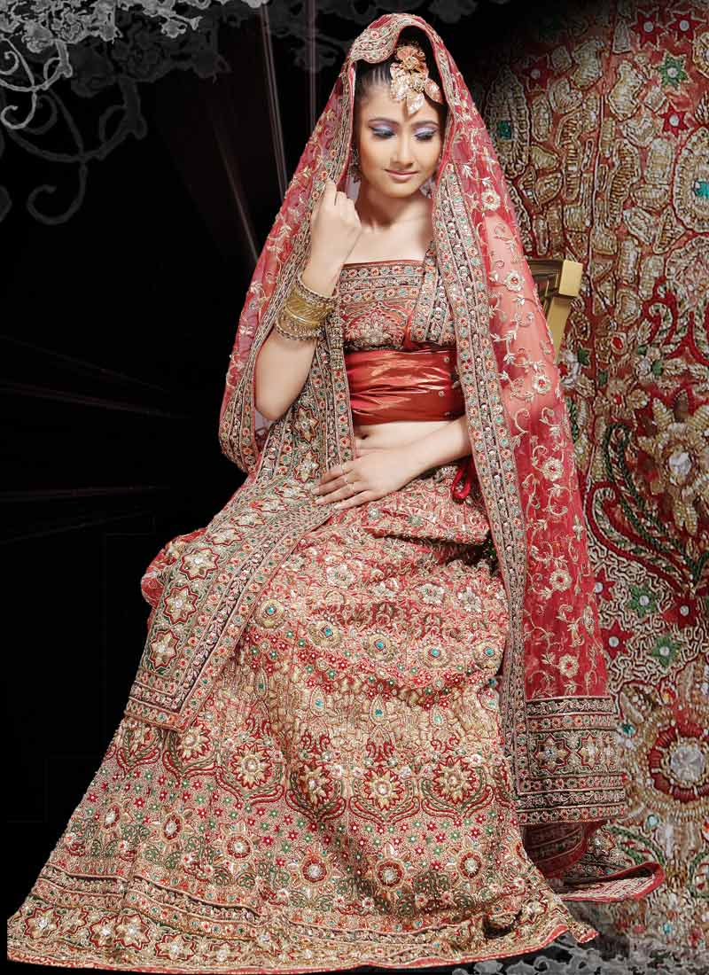 Indian bridal dresses latest wedding wear fashion 2013 for Indian wedding dresses online india