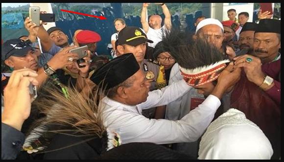 Bukti Nyata Ulama Penyatu Umat, Ustadz Somad Merajut Kebhinekaan di Tanah Papua