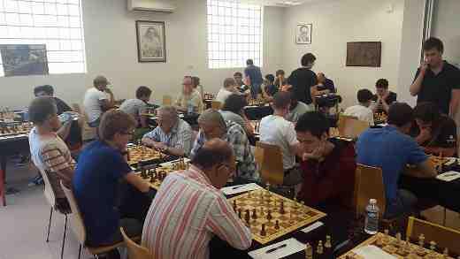 La salle de jeu climatisée du tournoi d'échecs - Photo © Facebook Cannes Échecs
