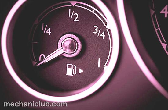 شرح أضرار قيادة سيارتك بخزان شبه فارغ