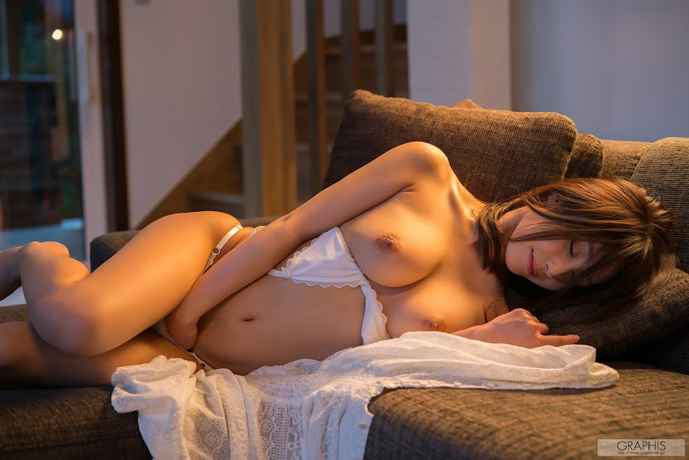 [Graphis] Syunka Ayami - Beautiful Boty