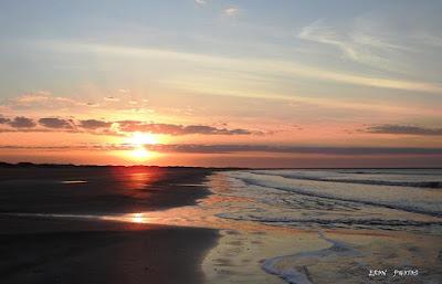 Amanhecer na maior Praia do Mundo