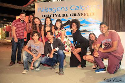 Jovens da oficina de grafitti da Ilha realizaram  exposição de painéis na Festa do Peixe